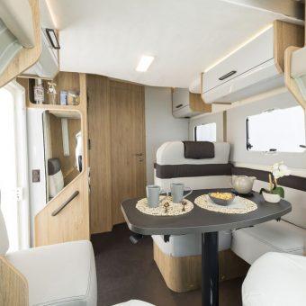 Roller Team 284TL interior