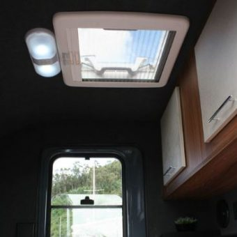 minicaravana RV Globetrotter interior